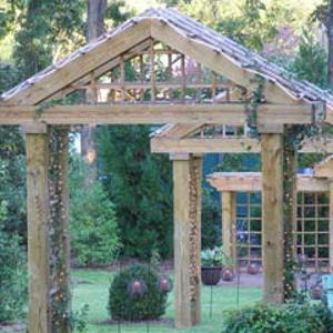 Garden Weddings: Brady Inn