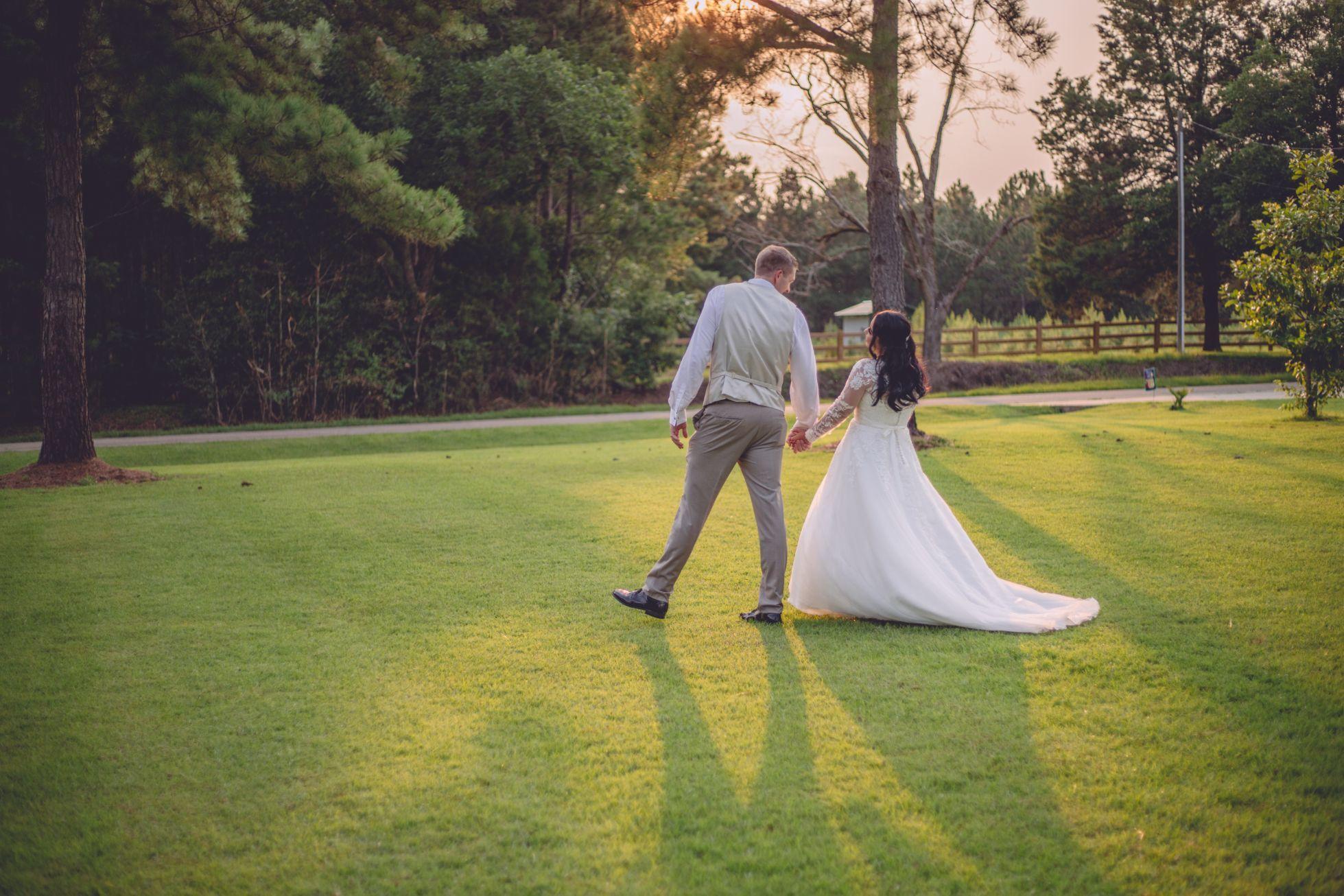 Reyna & Josh Winter's Intimate South Georgia Wedding