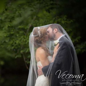 Weddings on the Water: Vecoma at the Yellow River