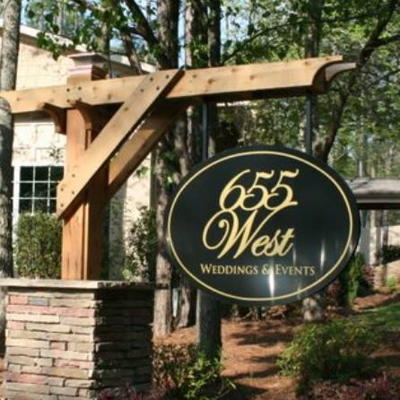 Outdoor Weddings and Parks: 655 West