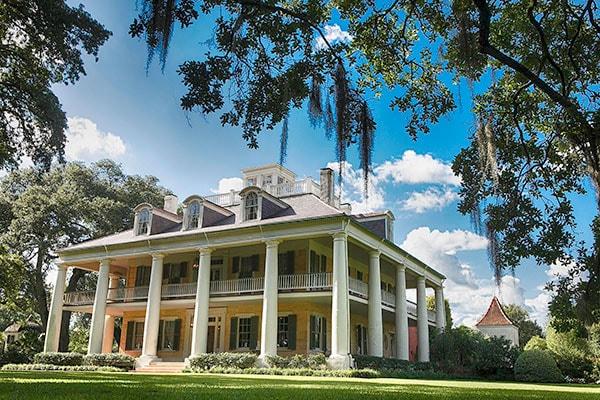 Honeymoon Sanctuary: The Inn at Houmas House in Darrow, Louisiana