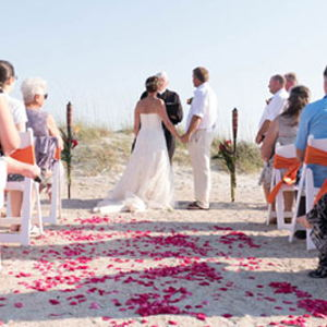 Outdoor Weddings and Parks: Beachview Bed and Breakfast