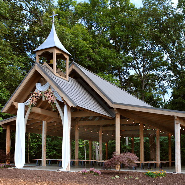 Wedding Venues: Mulberry Chapel at Crockett Creek Crossing