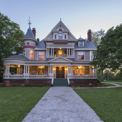Historic Homes and Mansions: The Carmichael House