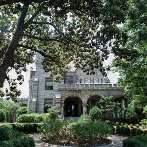 Historic Homes and Mansions: Rhodes Hall